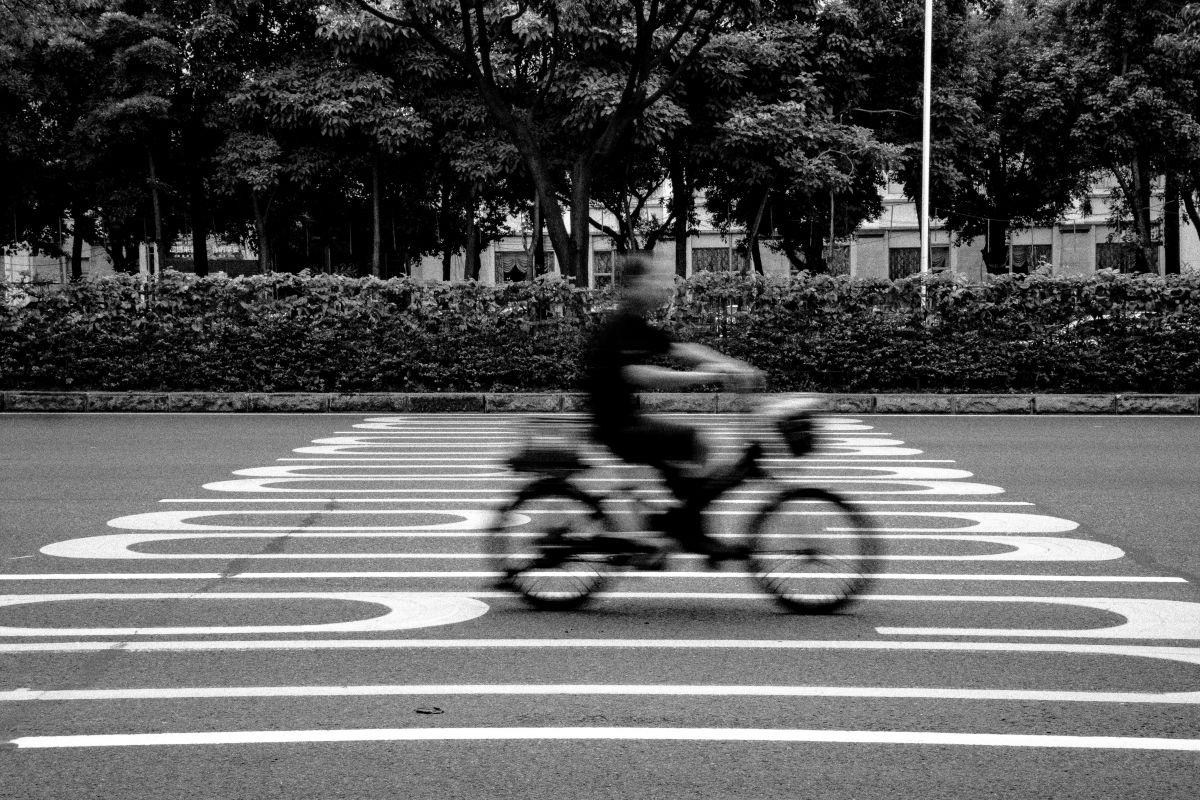 瞬間移動 | 乗り物・交通 > 自転車 | GANREF