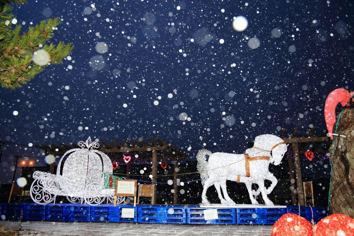 ホワイトクリスマス | 街並み・建物 > 夜景 | GANREF