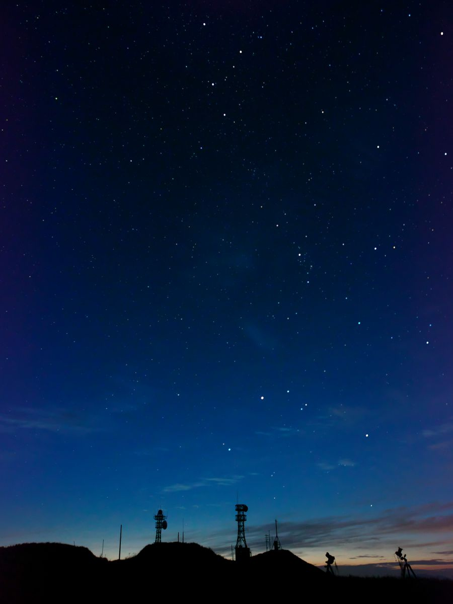 短い夏の夜に | 自然・風景 > 空・雲 | GANREF