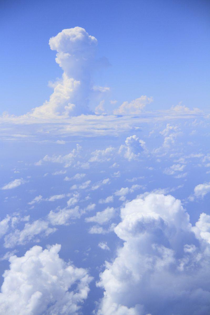 そら 〜雲の上から〜 | 自然・風景 > 空・雲 | GANREF