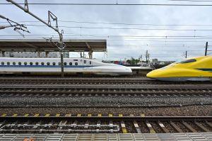 岐阜羽島駅にて(2)