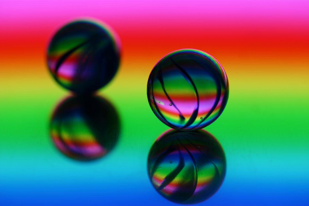 虹色ボール 物 雑貨 おもちゃ 遊具 Ganref